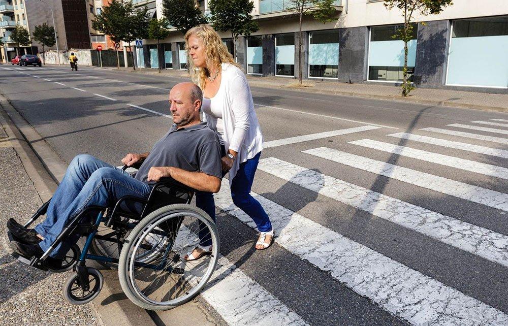 invalid prečka cesto
